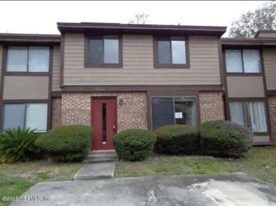 Jacksonville, FL home for sale located at 7137 Prestwick Cir N, Jacksonville, FL 32244