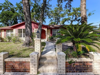 Orange Park, FL home for sale located at 2811 Holly Bay Rd, Orange Park, FL 32073