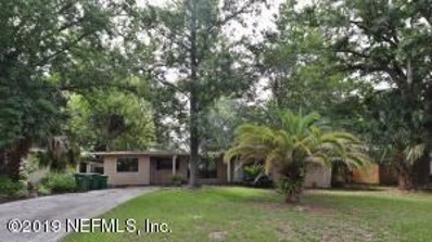 Jacksonville Beach, FL home for sale located at 1723 Tanglewood Rd, Jacksonville Beach, FL 32250