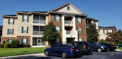 Orange Park, FL home for sale located at 785 Oakleaf Plantation Pkwy UNIT 1433, Orange Park, FL 32065