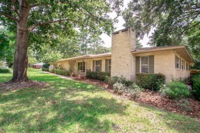 High Springs, FL home for sale located at 19228 High Springs Main St, High Springs, FL 32643