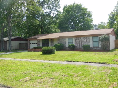 Middleburg, FL home for sale located at 1654 Evergreen Ln E, Middleburg, FL 32068