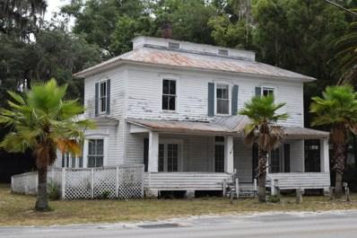 Welaka, FL home for sale located at 690 3RD Ave, Welaka, FL 32193