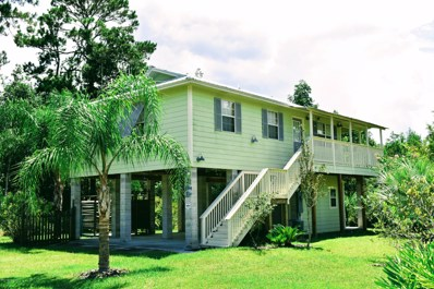 Crescent City, FL home for sale located at 207 Pine Dr, Crescent City, FL 32112
