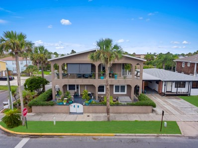 Neptune Beach, FL home for sale located at 320 1ST St, Neptune Beach, FL 32266