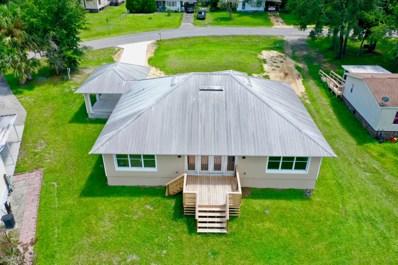 Interlachen, FL home for sale located at 208 Salem St, Interlachen, FL 32148