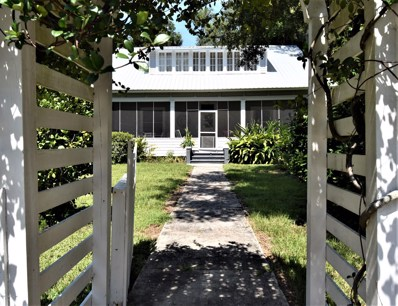 Crescent City, FL home for sale located at 128 S Prospect St, Crescent City, FL 32112