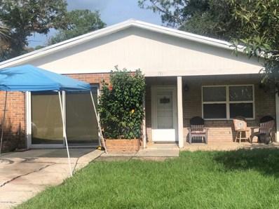 Interlachen, FL home for sale located at 131 Park Rd, Interlachen, FL 32148