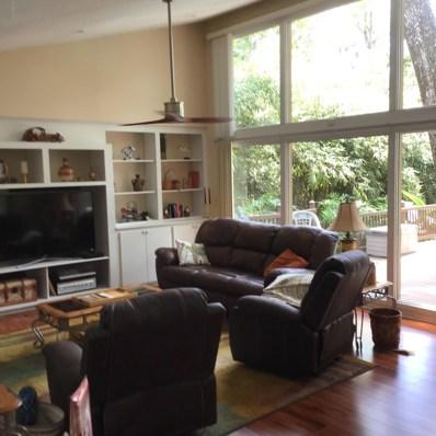 Orange Park, FL home for sale located at 510 Lakefield Ln, Orange Park, FL 32073