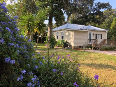 St Augustine, FL home for sale located at 138 Mohegan Rd, St Augustine, FL 32086