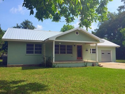 St Augustine, FL home for sale located at 256 Cantio Ave, St Augustine, FL 32084