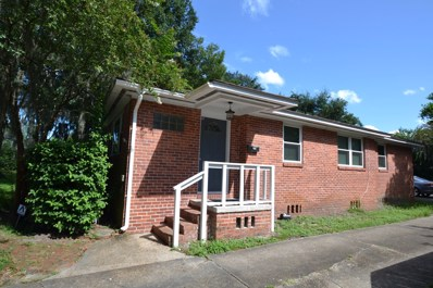 Jacksonville, FL home for sale located at 2018 Lordun Ter, Jacksonville, FL 32207