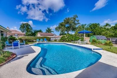 Orange Park, FL home for sale located at 944 Lakeridge Dr, Orange Park, FL 32065