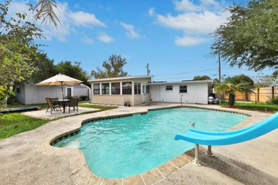 Atlantic Beach, FL home for sale located at 39 Forrestal Cir N, Atlantic Beach, FL 32233