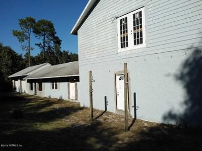 Interlachen, FL home for sale located at 114 Maine Ave, Interlachen, FL 32148