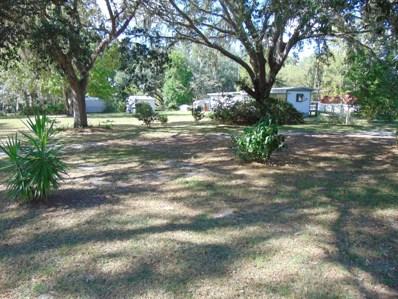 Interlachen, FL home for sale located at 284 Sleepy Hollow Dr, Interlachen, FL 32148