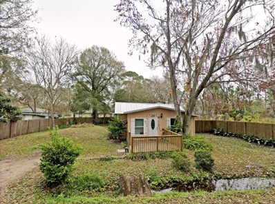 St Augustine, FL home for sale located at 884 Alexander St, St Augustine, FL 32084