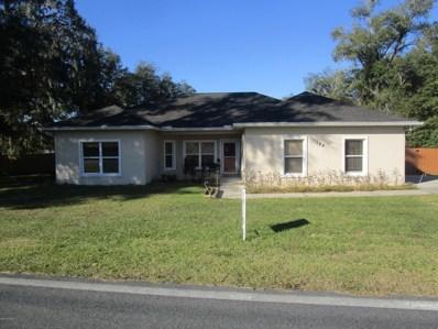 Interlachen, FL home for sale located at 144 E Strickland Rd, Interlachen, FL 32148