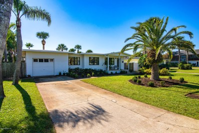 Jacksonville Beach, FL home for sale located at 140 30TH Ave S, Jacksonville Beach, FL 32250