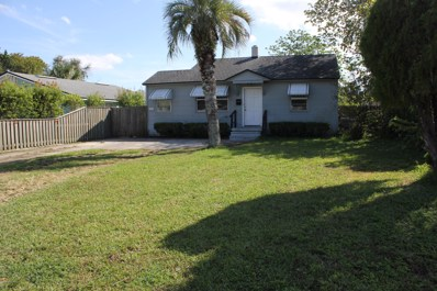 Jacksonville Beach, FL home for sale located at 814 7TH Ave N, Jacksonville Beach, FL 32250