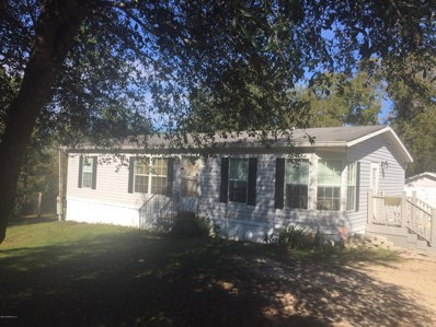 Interlachen, FL home for sale located at 144 Gulf Ave, Interlachen, FL 32148