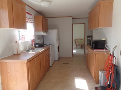 Interlachen, FL home for sale located at 311 Marion Ave, Interlachen, FL 32148