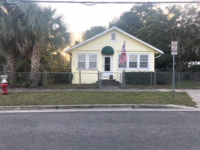 Green Cove Springs, FL home for sale located at 203 Palmetto Ave N, Green Cove Springs, FL 32043