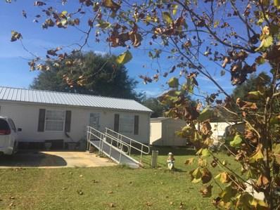 Interlachen, FL home for sale located at 703 Marion Ave, Interlachen, FL 32148