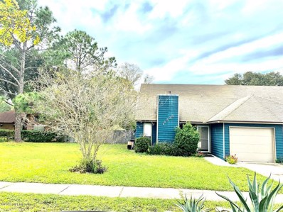 Jacksonville, FL home for sale located at 11538 Fort Caroline Lakes Dr, Jacksonville, FL 32225