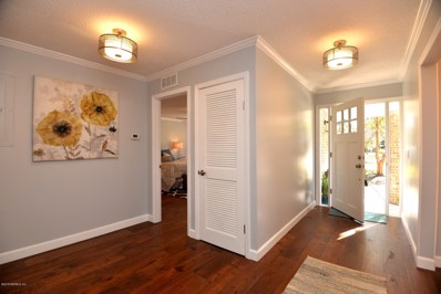 Jacksonville, FL home for sale located at 1263 Windsor Pl, Jacksonville, FL 32205