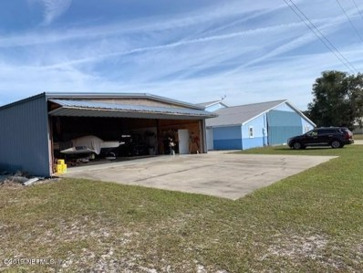 Green Cove Springs, FL home for sale located at 5286 Airpark Loop W, Green Cove Springs, FL 32043