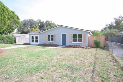 Jacksonville, FL home for sale located at 8380 Red Holly Ln, Jacksonville, FL 32221