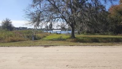 Interlachen, FL home for sale located at 122 Ida Blvd, Interlachen, FL 32148