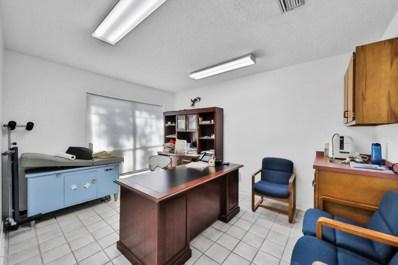 Jacksonville, FL home for sale located at 4131 University Blvd S UNIT 4A, Jacksonville, FL 32216