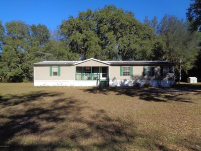 Interlachen, FL home for sale located at 144 Pine Dr, Interlachen, FL 32148