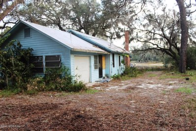 Crescent City, FL home for sale located at 406 Union Ave, Crescent City, FL 32112