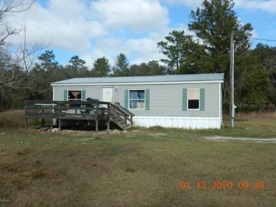 Interlachen, FL home for sale located at 103 Montague Ave, Interlachen, FL 32148