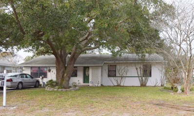 Jacksonville Beach, FL home for sale located at 1121 15TH Ave N, Jacksonville Beach, FL 32250