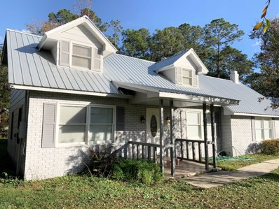 Palatka, FL home for sale located at 116 Round Lake Cir, Palatka, FL 32177