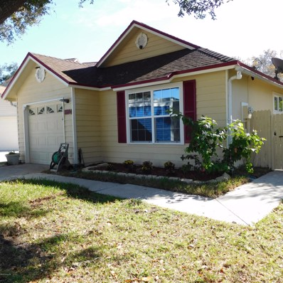 Jacksonville, FL home for sale located at 8804 Townsquare Dr S, Jacksonville, FL 32216