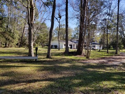 Middleburg, FL home for sale located at 3827 Forest Dr, Middleburg, FL 32068