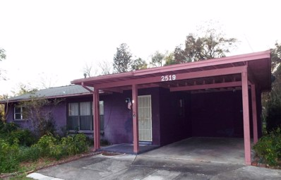 Palatka, FL home for sale located at 2519 Golf Dr, Palatka, FL 32177