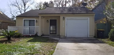 Jacksonville, FL home for sale located at 6738 Periwinkle Dr, Jacksonville, FL 32244