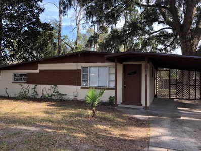 Orange Park, FL home for sale located at 320 Dunwoodie Rd, Orange Park, FL 32073