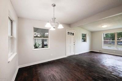 Jacksonville, FL home for sale located at 3912 Robert C Weaver Dr, Jacksonville, FL 32208