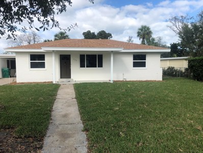 Jacksonville Beach, FL home for sale located at 825 14TH Ave N, Jacksonville Beach, FL 32250