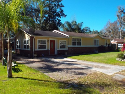 Fleming Island, FL home for sale located at 802 Clay St, Fleming Island, FL 32003