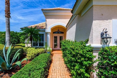 Palm Coast, FL home for sale located at 33 Kingfisher Ln, Palm Coast, FL 32137