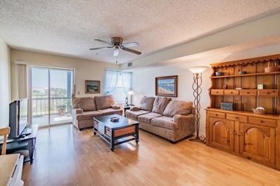St Augustine, FL home for sale located at 110 Ocean Hollow Ln UNIT 102, St Augustine, FL 32084