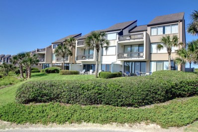 Fernandina Beach, FL home for sale located at 1014 Captains Court Dr, Fernandina Beach, FL 32034